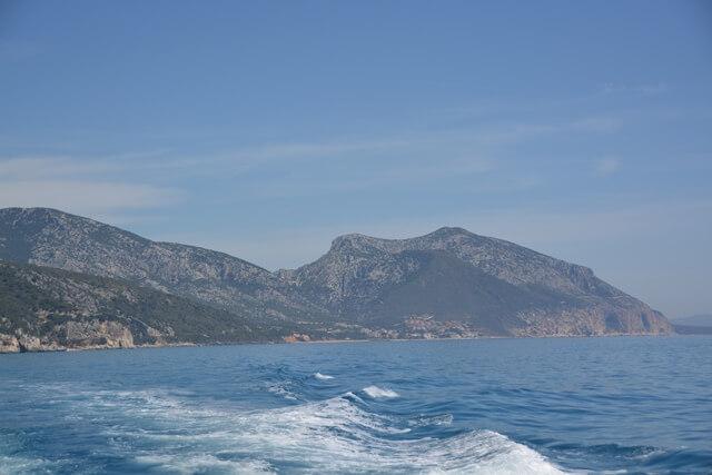 Boot naar Sardinië