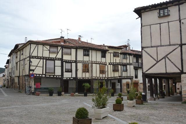 Bezienswaardigheden Burgos Spanje - Covarrubias