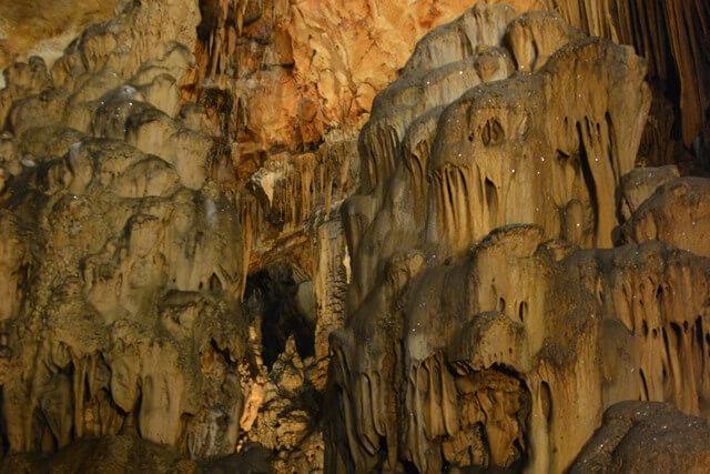 Bezienswaardigheden Dalmatië Kroatië - Vranjaca grot
