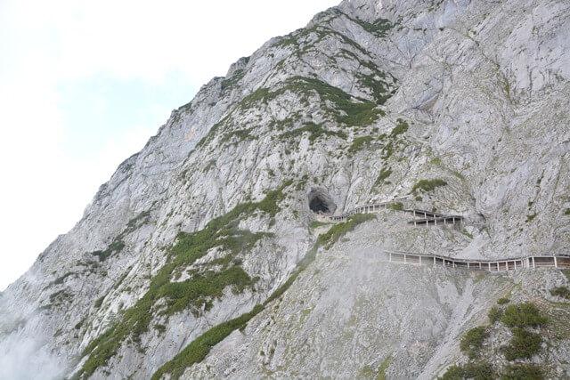 Ingang Eisriesenwelt - Salzburgerland Oostenrijk