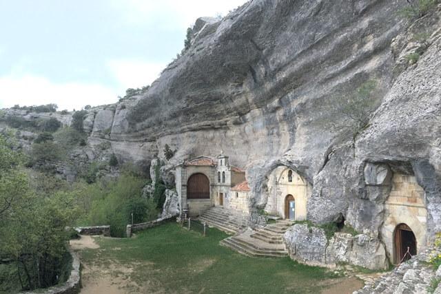 Ermita San Bernabe, Ojo Guarena - Burgos, Castilië en Leon Spanje bezienswaardigheden